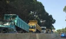 التحكم المروري: تجمع للشاحنات على مستديرة عشقوت