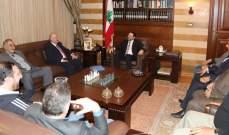 الحريري عرض مع رحال التطورات واستقبل 3 مرشحين سحبوا ترشيحاتهم