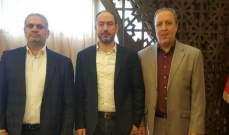 """حركة """"حماس"""" تلتقي محافظ الجنوب وتؤكد حرصها على استقرار المخيمات"""
