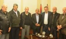 """أسامة سعد بحث مع وفد من منظمة """"الصاعقة"""" بأوضاع الشعب الفلسطيني على الصعد كافة"""