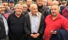 النشرة: اعتصام للعسكريين المتقاعدين بصور رفضا لخفض رواتبهم ومستحقاتهم