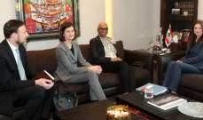 الصفدي التقت وفدًا من البنك الدولي والسفير الأرجنتيني