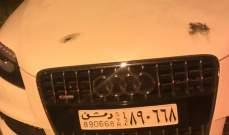 النشرة: الادلة الجنائية تكشف على سيارة تحمل لوحة سورية مركونة بجوار الطريق في شتورا