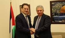 دبور التقى المفوض العام للاونروا: لضرورة تحمل المجتمع الدولي مسؤولياته