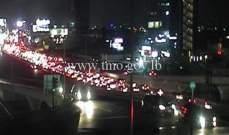 حركة المرور كثيفة من النقاش باتجاه انطلياس وصولاً حتى جل الديب