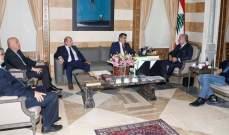 المشنوق استقبل وفدي بلديات حدودية جنوبية ومركز سياسات الهجرة