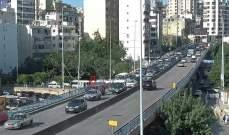 التحكم المروري: تعطل مركبة على جسر الكولا