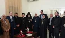 المطران درويش عرض مع المطران اليمزيان العلاقات بين كنيسة الروم والكنيسة الأرمنية