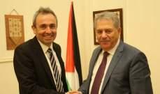 السفير الفلسطيني عرض مع السفير البريطاني وضع اللاجئين الفلسطينيين