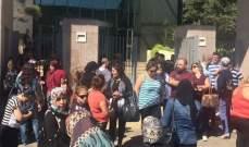 إعتصام للمتعاقدين بالمدارس والثانويات أمام وزارة التربية مطالبين بتثبيتهم