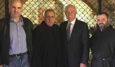 وزير الزراعة زار ضريح القديس شربل في دير مار مارون عنايا