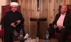 عبد الرازق يدعو للحوار والالتزام بالدستور لحل الخلافات في لبنان