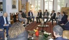 جنبلاط استقبل وزير المهجرين وسفير مصر ووفدا أميركيا