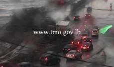 التحكم المروري: تجمع للمياه على الطريق البحرية وازدحام مروري في المحلة