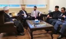لقاء بين تيمور جنبلاط وعادل فيصل ارسلان على هامش إفطار مشيخة العقل
