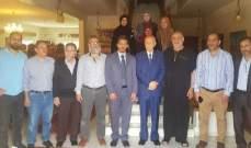 مراد استقبل وافداً من لجنة متابعة قضية الموقوفين الإسلاميين