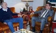 جنبلاط عرض وسفراء تشيكيا والدانمارك والمانيا الاوضاع في لبنان والمنطقة