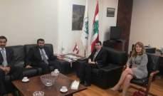 أبي خليل التقى نائب العضو المنتدب للتسويق العالمي في مؤسسة البترول الكويتية