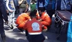 النشرة: سقوط تلميذة من الباص امام مدرستها في صيدا وإصابتها بجروح