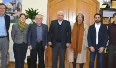 قمرالدين عرض مع الوكالة الألمانية للتعاون الدولي لمشاريع تنموية بطرابلس