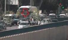 جريج بحادث صدم آخر جسر الكولا باتجاه المدينة الرياضية وحركة المرور ناشطة