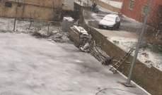 تساقط الثلوج على علو 1100 متر في البقاع مما أعاق حركة المرور