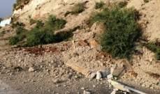 التحكم المروري: انهيار حائط دعم على اوتوستراد شكا بعد النفق باتجاه البترون