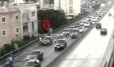 التحكم المروري: تعطل مركبة على جسر الكولا وحركة المرور كثيفة في المحلة