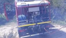 الدفاع المدني: إخماد حريق شب في اعشاب واشجار في عاراي.
