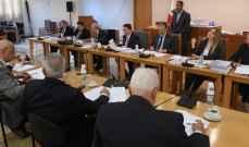 بدء جلسة لجنة المال لبحث وإقرار اعتمادات وزارات التربية والدفاع والإقتصاد