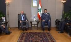 اللواء عثمان التقى الأسمر ولوند ووفدا من هيئة العلماء المسلمين وآخر من مؤسسة العرفان