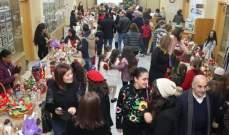المدرسة الإنجيلية في صيدا أضاءت شجرة الميلاد الطبيعية وافتتحت السوق الميلادي