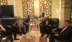 مراد التقى ممثل حماس وبحث معه الوضع الفلسطيني