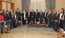 الحريري التقت وفد المشاركين في مؤتمر الإتحاد العربي للصناعات الورقية والطباعة والتغليف