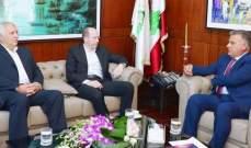 اللواء ابراهيم التقى رئيس النادي الرياضي