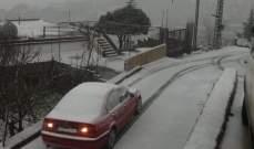 النشرة: الثلوج تتساقط بكثافة فوق مناطق البقاع الغربي وراشيا