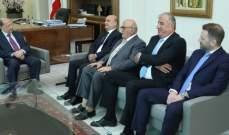 الرئيس عون استقبل رئيس بلدية العاقورة مع وفد من البلدية بحضور أبي رميا