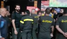 متطوعو الدفاع المدني قطعوا طريق صيدا صور إحتجاجا على الممطالة في تثبيتهم