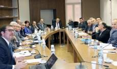 لجنة الأشغال أوصت الحكومة بتعيين مراقبين جويين في المطار