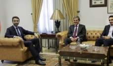 شبيب استقبل سفير اليونان وكارديل وتسلم دعوة لزيارة كازخستان