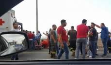 7 جرحى في حادث سير بين شاحنتين على اوتوستراد القلمون شكا