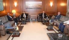 """نواب """"اللقاء التشاوري"""" يعقدون اجتماعا في هذه الأثناء في دارة عبد الرحيم مراد"""