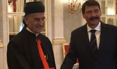 البطريرك الراعي التقى رئيس المجر وتوافقا على ضرورة عودة النازحين إلى بلادهم