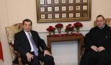 الفرزلي: لبنان يتعافى بجهود الرئيس عون وحملة مكافحة الفساد مستمرة