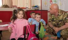 جولة للجنرال فابري في مدرسة راهبات القلبين الأقدسين في بلدة عين إبل