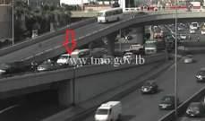 التحكم المروري: تعطل مركبة على محول نهر الموت وحركة المرور كثيفة