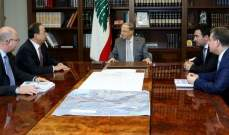 الرئيس عون استقبل وزير الإقتصاد منصور بطيش ورئيس بلدية فاريا