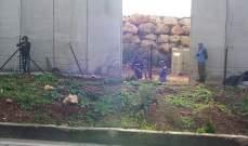 الجيش الاسرائيلي أزال الشريط الشائك في كفركلا والجيش اقفل الطريق وسير دوريات