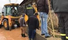 الدفاع المدني: سحب المياه من داخل مستودع في بعلبك وتسهيل المرور بمناطق عدة