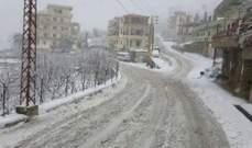 الثلوج تغطي مرتفعات الضنية وتلامس بلدات الجرد